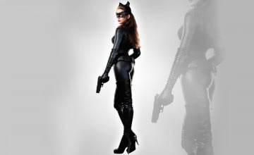 Anne Hathaway Catwoman Wallpaper