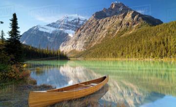 Canoe Background