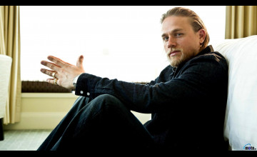 Charlie Hunnam Wallpaper Images