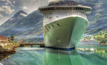 Cruise Ship Wallpaper Background