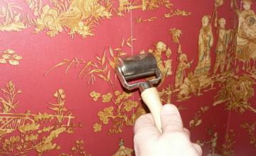 Fixing Wallpaper Seams Splitting