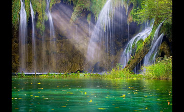 Free Waterfall Screensavers and Wallpaper