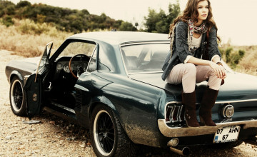 Girls and Muscle Cars Wallpaper