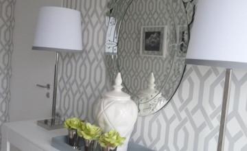 Gray and White Trellis Wallpaper