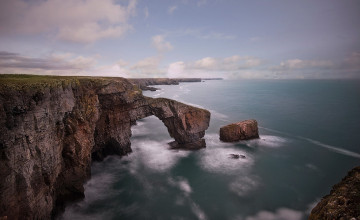 Green Bridge of Wales Wallpaper