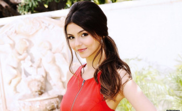 HD Victoria Justice Wallpapers