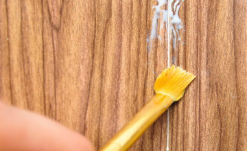How to Seal Wallpaper Seams