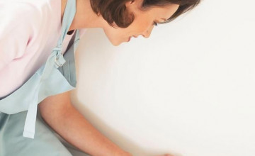 How to Wash Wallpapered Walls