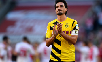 Hummels Wallpaper