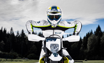 Husqvarna Supermoto Wallpapers