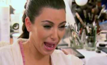Kim Kardashian Crying Wallpaper