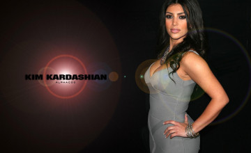 Kim Kardashian Desktop Wallpaper