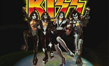 Kiss Destroyer Wallpaper