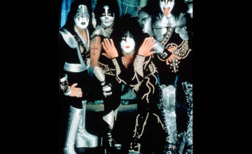 Kiss Wallpaper Pictures