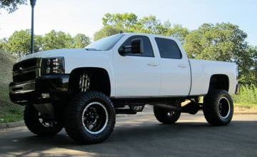 Lifted Chevy Trucks Wallpaper