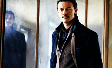 Luke Evans Wallpapers