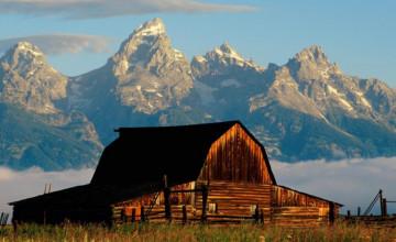 Mountain Cabin Wallpaper for Desktop