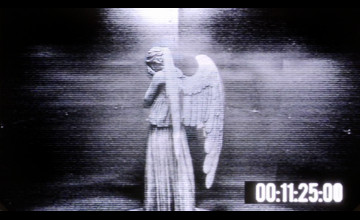 Moving Weeping Angel Wallpaper