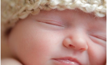 Newborn Baby Wallpaper