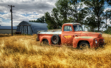 Old Truck Wallpaper