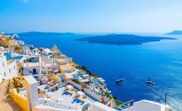 Santorini Resorts Wallpaper