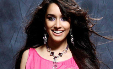 Shraddha Kapoor Smile HD Wallpaper