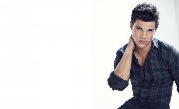 Taylor Lautner Desktop Wallpaper