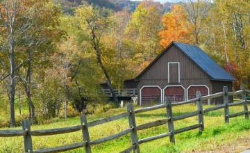 Wallpaper Farmhouse